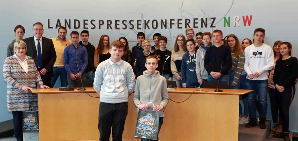 Besuch vom Gymnasium Horkesgath im Landtag